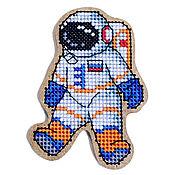 """Материалы для творчества ручной работы. Ярмарка Мастеров - ручная работа Набор для вышивания  магнита """"Космонавт"""" BB-55. Handmade."""