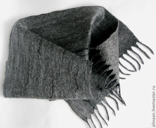 """Шарфы и шарфики ручной работы. Ярмарка Мастеров - ручная работа. Купить """"Пепельный"""" Шарф мужской валяный. Handmade. Темно-серый"""