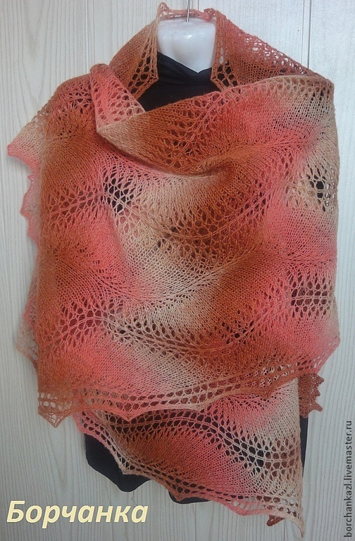 tippet of wool, openwork stole, gift, gift for mom, gift for girlfriend, woolen knitted stole