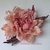 Украшения ручной работы. Ярмарка Мастеров - ручная работа брошь-цветок из шелка пион вечерний розовый. Handmade.
