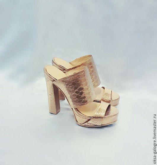 Обувь ручной работы. Ярмарка Мастеров - ручная работа. Купить Сабо из кожи питона. Handmade. Золотой, изделия ручной работы
