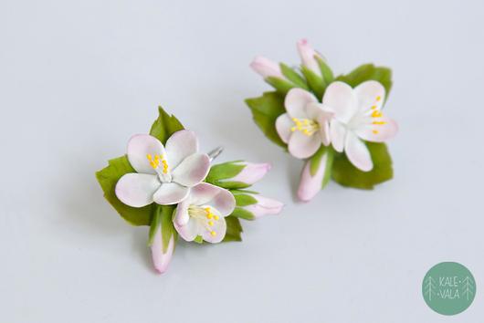 Серьги ручной работы. Ярмарка Мастеров - ручная работа. Купить Серьги с яблонькой. Handmade. Бледно-розовый, реалистичные цветы