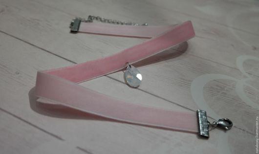 Колье, бусы ручной работы. Ярмарка Мастеров - ручная работа. Купить Розовый чокер из бархата с кристаллом Swarovski. Handmade. Розовый