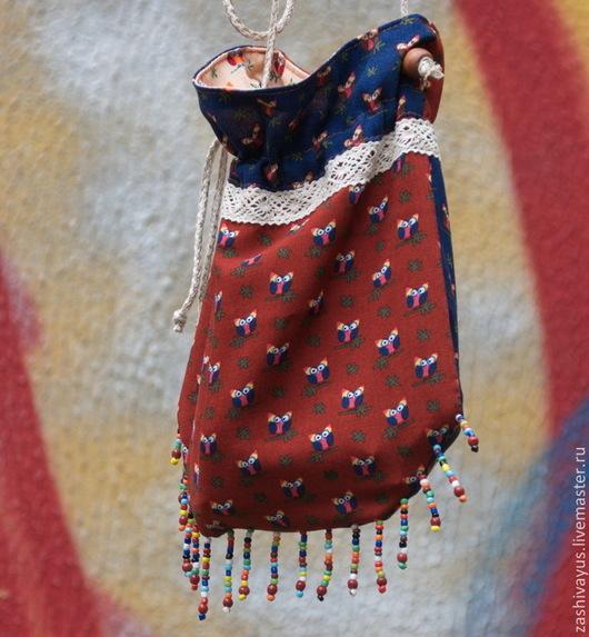 `Совиный` принт на маленькой сумочке-торбочке для жаркого дня.