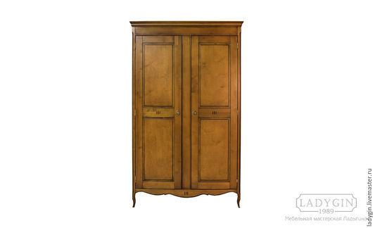 Мебель ручной работы. Ярмарка Мастеров - ручная работа. Купить Деревянный платяной двустворчатый шкаф в стиле прованс. Handmade. Шкаф