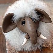 Куклы и игрушки ручной работы. Ярмарка Мастеров - ручная работа Арчи. Кожаный мамонтёнок с натуральным мехом. Handmade.