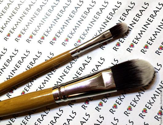 Декоративная косметика ручной работы. Ярмарка Мастеров - ручная работа. Купить Консиллерная кисть на бамбуковой ручке в ассортименте. Handmade. Бежевый
