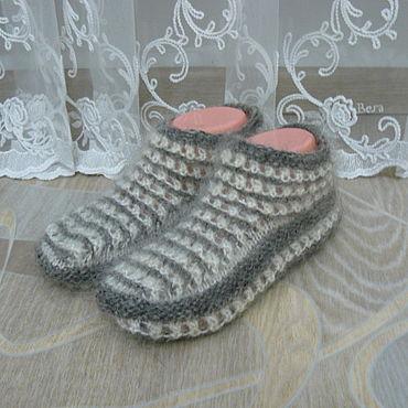 Обувь ручной работы. Ярмарка Мастеров - ручная работа Пуховые тапочки -следочки(модель №2).. Handmade.