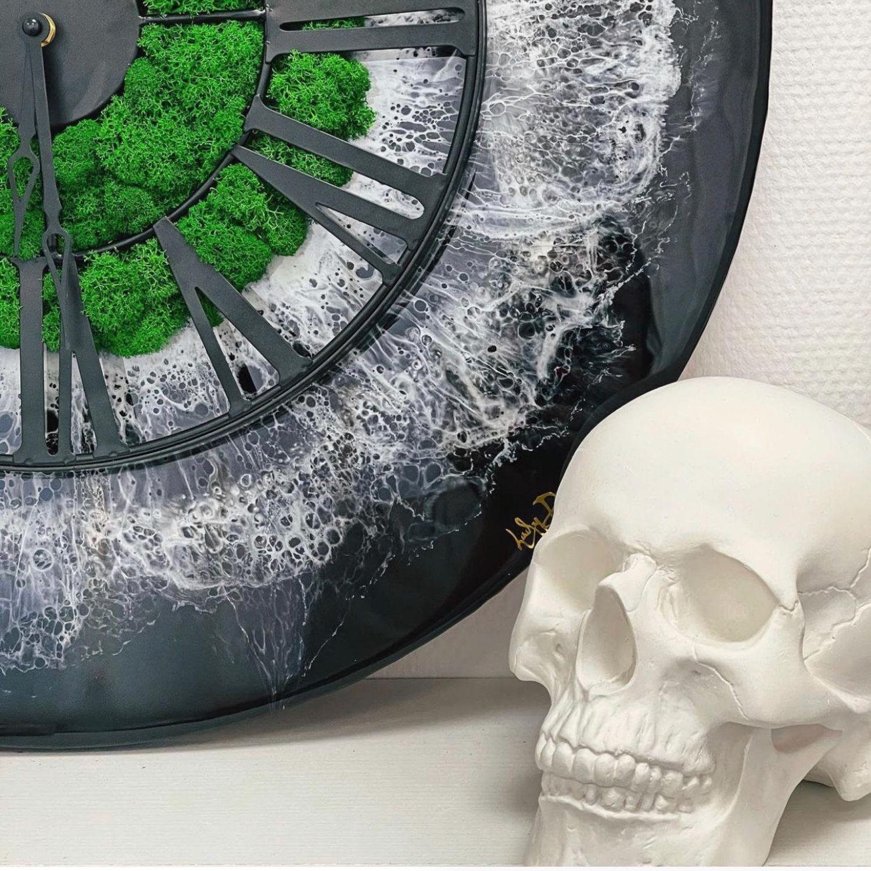 Часы эпоксидной смолой, Часы классические, Москва,  Фото №1