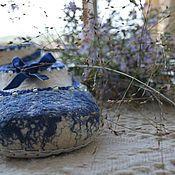 "Обувь ручной работы. Ярмарка Мастеров - ручная работа Валяные тапочки ""Bright ribbons: sapphire"". Handmade."