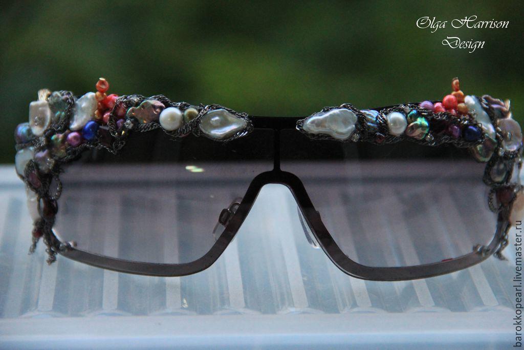 Очки с жемчугом и камнями
