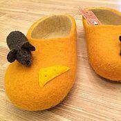 """Обувь ручной работы. Ярмарка Мастеров - ручная работа Валяные тапочки """"Сыр"""" с мышками. Handmade."""