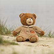 Куклы и игрушки ручной работы. Ярмарка Мастеров - ручная работа Медвежонок в вельветовом костюме. Handmade.