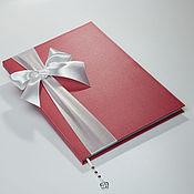 """Свадебный салон ручной работы. Ярмарка Мастеров - ручная работа Книга пожеланий """"Красное и  белое"""" Персонализированная.. Handmade."""
