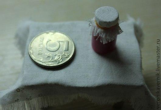 Еда ручной работы. Ярмарка Мастеров - ручная работа. Купить баночка малинового варенья. Handmade. Полимерная глина, ручная работа