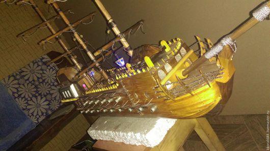 Запечатлен процесс изготовления, фото готового корабля будет выложено по мере завершения работы.