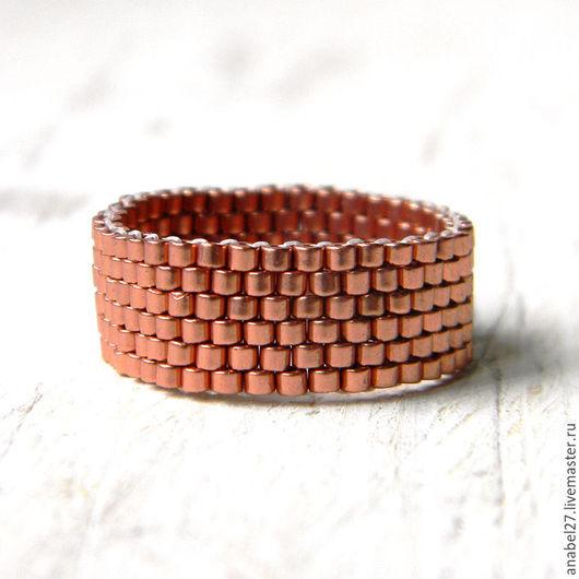 Кольца ручной работы. Ярмарка Мастеров - ручная работа. Купить Медное кольцо из бисера, стильное минималистичное кольцо. Handmade.