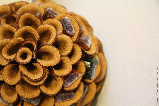 """Подарочные наборы ручной работы. Ярмарка Мастеров - ручная работа. Купить Шишка-""""Немалышка"""" букет из конфет. Handmade. Коричневый"""
