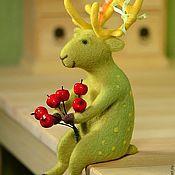 Куклы и игрушки handmade. Livemaster - original item Felt toy Green deer. Handmade.