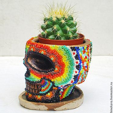 Цветы и флористика ручной работы. Ярмарка Мастеров - ручная работа Бисерный горшок-кашпо с кактусом. Handmade.