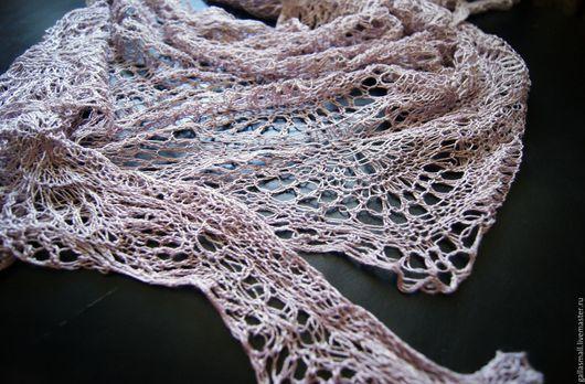 Шали, палантины ручной работы. Ярмарка Мастеров - ручная работа. Купить Шелковая шаль, цвета розового жемчуга.. Handmade. Розовый
