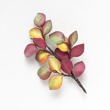 Украшения ручной работы. Ярмарка Мастеров - ручная работа Украшение брошь с осенними листьями, листочками. Handmade.