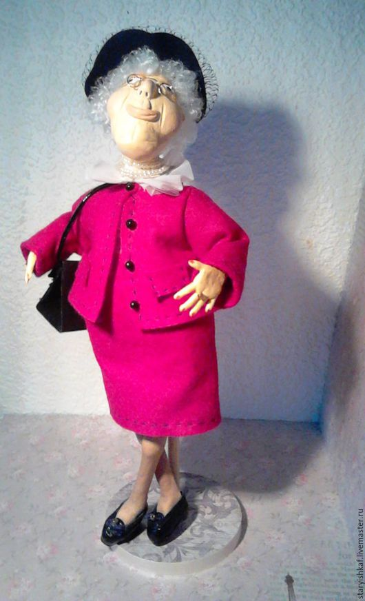 """Коллекционные куклы ручной работы. Ярмарка Мастеров - ручная работа. Купить Кукла-старушка """"Евробабушка"""". Handmade. Фуксия, бабушка, Паперклей"""
