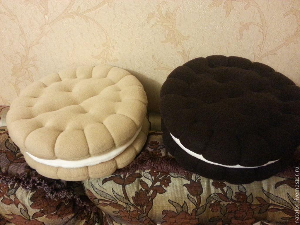 Как сделать подушку пончик дома