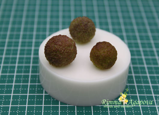 Молд брунии 3 шт. Размеры- 1,6 см, 1.7 см, 1.8 см 490 рублей