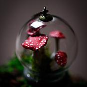 Украшения ручной работы. Ярмарка Мастеров - ручная работа Подвеска шар с мухоморами. Handmade.