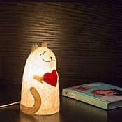 """Для дома и интерьера ручной работы. Ярмарка Мастеров - ручная работа Светильник войлочный """"Влюбленный кот"""". Handmade."""