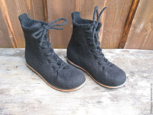 Обувь ручной работы. Ярмарка Мастеров - ручная работа. Купить Валяные ботинки ESSENCE. Handmade. Черный, Женские ботинки
