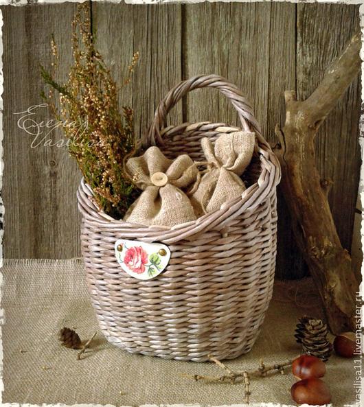 Корзины, коробы ручной работы. Ярмарка Мастеров - ручная работа. Купить Удобная корзиночка, старая корзинка плетеная. Handmade. настенная