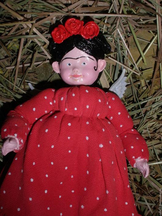 """Коллекционные куклы ручной работы. Ярмарка Мастеров - ручная работа. Купить Игрушка-подвеска  """"Фрида Кало """" по мотивам. Handmade."""