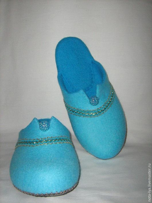 Обувь ручной работы. Ярмарка Мастеров - ручная работа. Купить Валяные домашние тапочки. Бирюза. Просто бирюза.. Handmade. Бирюзовый