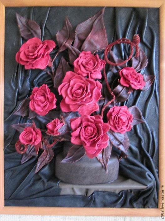 """Картины цветов ручной работы. Ярмарка Мастеров - ручная работа. Купить Натуральная кожа. Картина """"Красное на черном"""". Handmade. Авторская"""