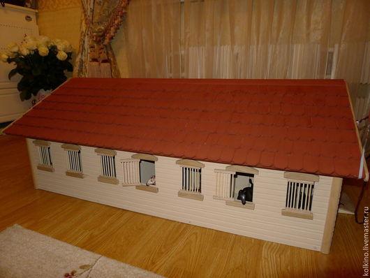 Кукольный дом ручной работы. Ярмарка Мастеров - ручная работа. Купить конюшня. Handmade. Бордовый, детская канюшня, акриловые краски