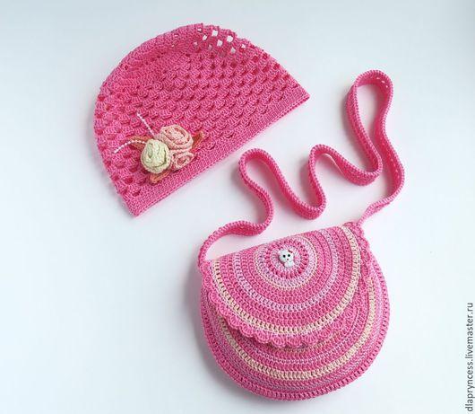 летний комплект для девочки, шапочка и сумочка для прогулок.