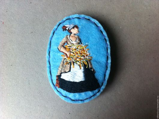 """Броши ручной работы. Ярмарка Мастеров - ручная работа. Купить Вышитая брошь  """"Девушка с сеном"""". Handmade. Голубой, мулине, фетр"""