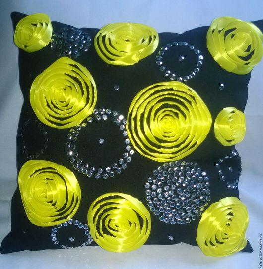 Текстиль, ковры ручной работы. Ярмарка Мастеров - ручная работа. Купить Подушка с жёлтыми цветами из атласных лент. Handmade. Черный