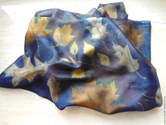 """Шарфы и шарфики ручной работы. Ярмарка Мастеров - ручная работа. Купить Шелковый шарф """"Золото на синем"""". Handmade. Комбинированный"""