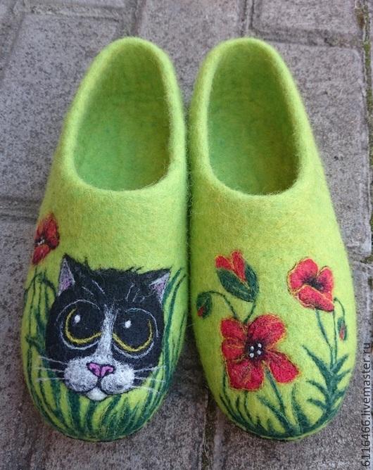 Обувь ручной работы. Ярмарка Мастеров - ручная работа. Купить домашние валяные тапочки из натуральной шерсти Маковый Котейка. Handmade.