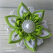 Работы для детей, handmade. Livemaster - original item Hair bands Spring greens in the technique of kanzashi. Handmade.