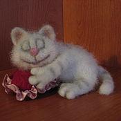 Куклы и игрушки ручной работы. Ярмарка Мастеров - ручная работа Влюбленный кот. Handmade.