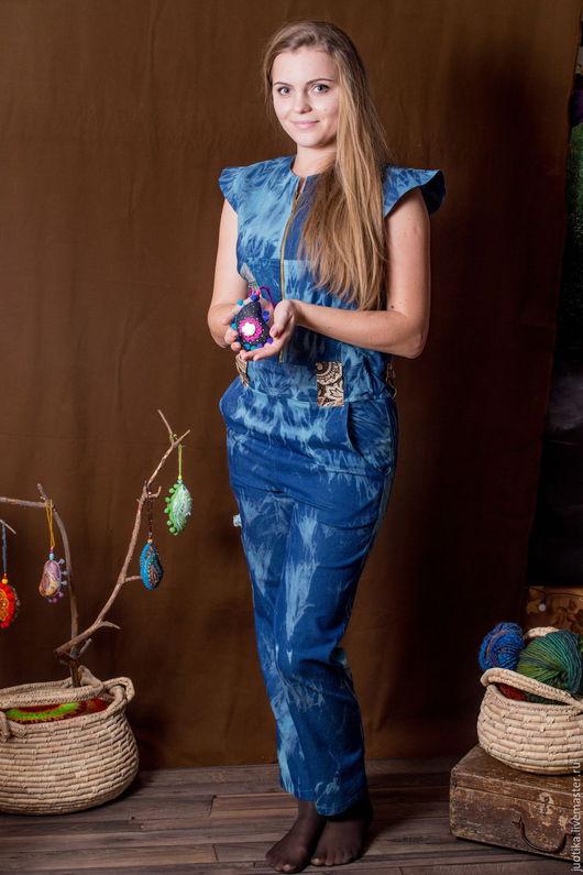 В наличии. Комбинезон Синяя стрекоза. Размер 42-44.ткань может полинять после стирки, продаю со скидкой