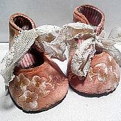 Куклы и игрушки ручной работы. Ярмарка Мастеров - ручная работа Туфельки для куклы в стиле антик. Handmade.