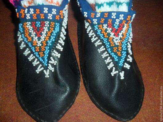 Этническая одежда ручной работы. Ярмарка Мастеров - ручная работа. Купить чирки. Handmade. Черный, обувь, бисер, Праздник, кожа