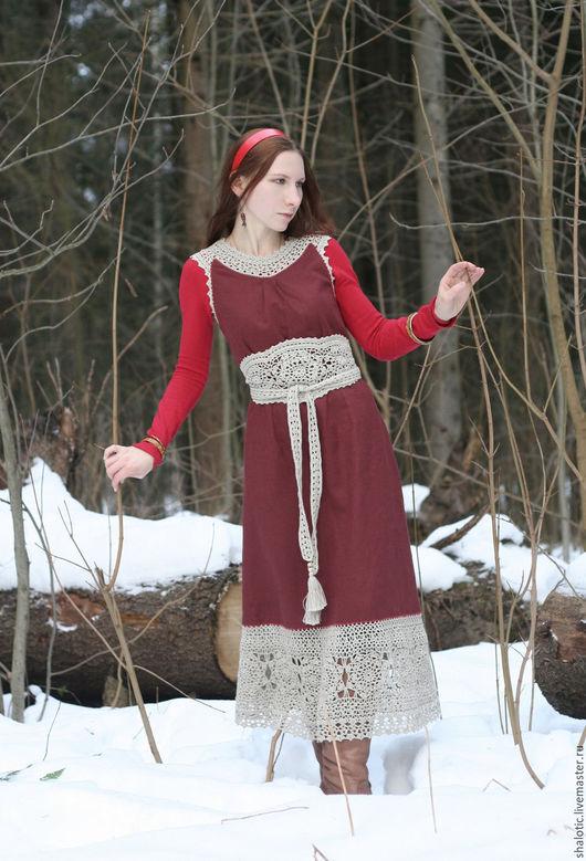 Льняной сарафан, сарафан с кружевом,  платье льняное, бордовое платье, платье в русском стиле, автор Юлия Льняная сказка