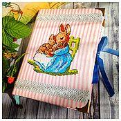 """Канцелярские товары ручной работы. Ярмарка Мастеров - ручная работа блокнот """"Милые крольчата"""". Handmade."""