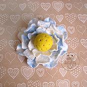 Украшения ручной работы. Ярмарка Мастеров - ручная работа Брошка цветок валяная. Handmade.